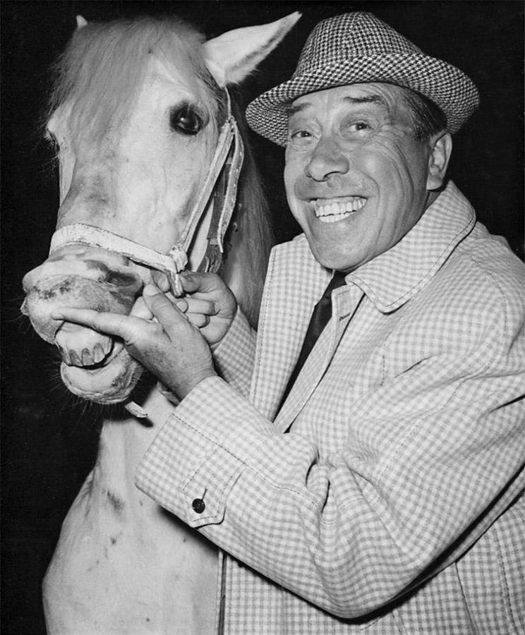 Fernandel et un cheval - DR