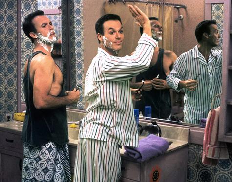 Michael Keaton dans Mes Doubles, ma femme et moi (Multiplicity) de Harold Ramis (1996)