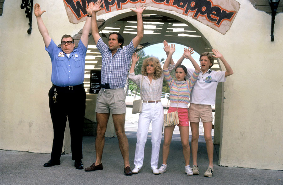 John Candy, Chevy Chase, Beverly D'Angelo, Dana Barron et Anthony Michael Hall dans Bonjour les vacances (Vacation) de Harold Ramis (1983)