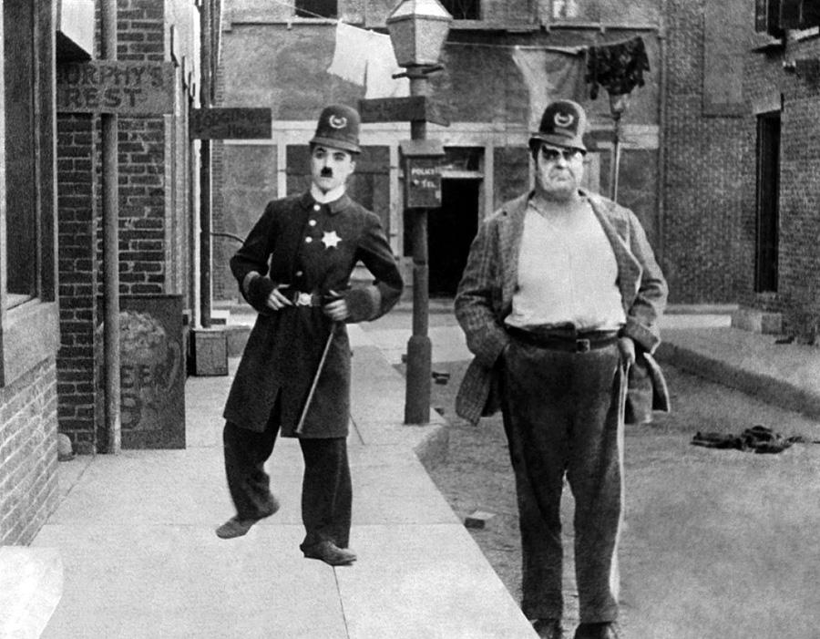 Charlot policeman (Easy Street, 1917) de Charlie Chaplin