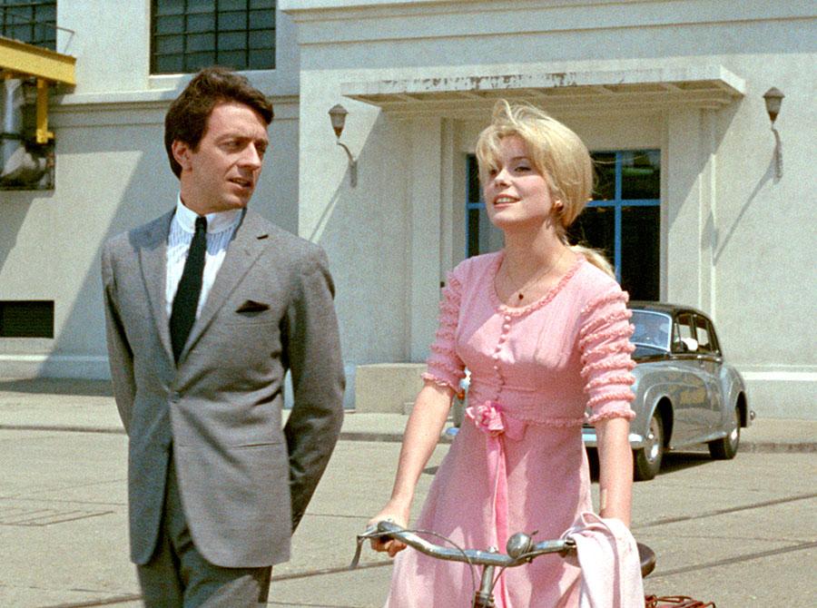 Jean-Pierre Cassel et Catherine Deneuve dans Un monsieur de compagnie (Philippe de Broca, 1964)