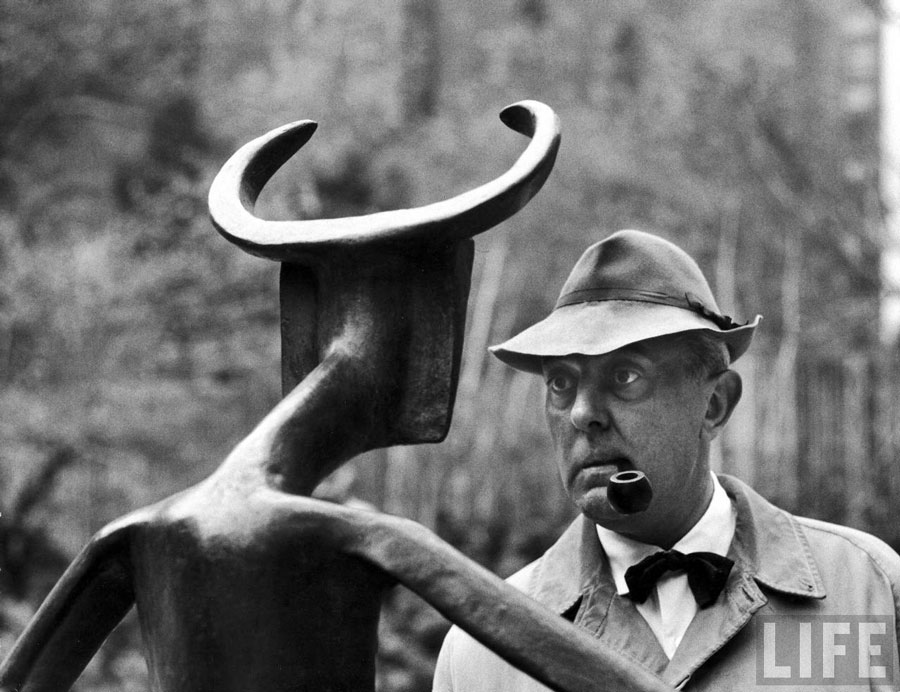 Jacques Tati se raconte en Radioscopie - © Life Magazine
