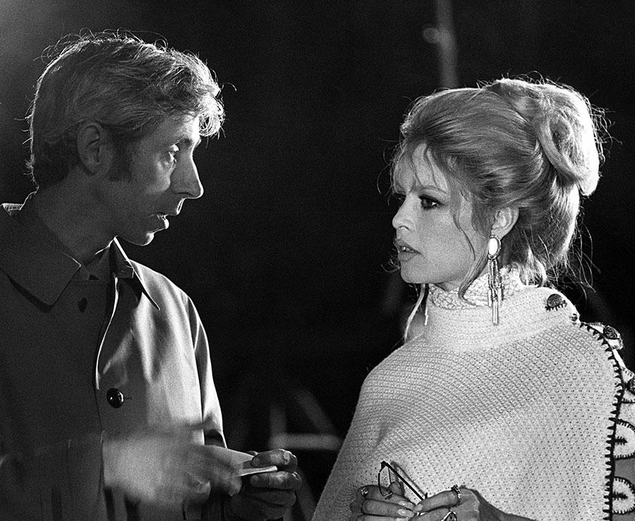 Michel Deville et Brigitte Bardot sur le tournage de L'Ours et la poupée - © Alain Loison