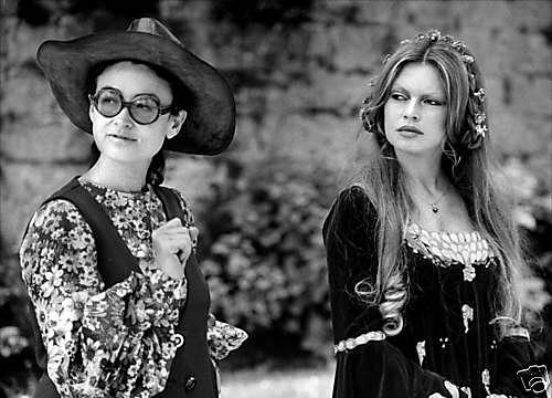 Nina Companeez et Brigitte Bardot sur le tournage de Colinot trousse-chemise en 1973
