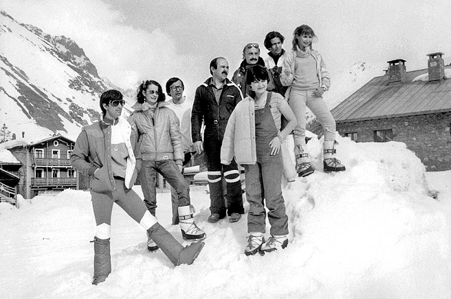 Patrice Leconte et les membres du Splendid sur le tournage des Bronzés font du ski (1979) - DR