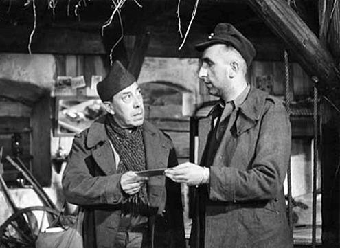 Fernandel et Bernard Musson dans La Vache et le prisonnier (Henri Verneuil, 1959)