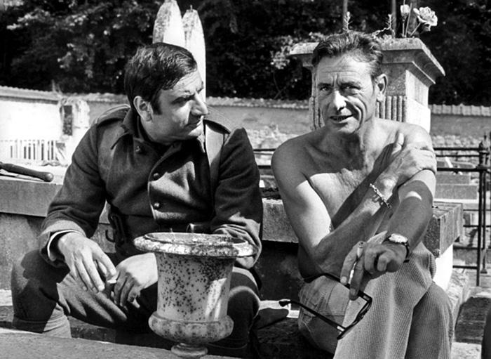 Aldo Maccione et Robert Lamoureux sur le tournage de Mais où est donc passée la 7ème Compagnie (Robert Lamoureux, 1973)