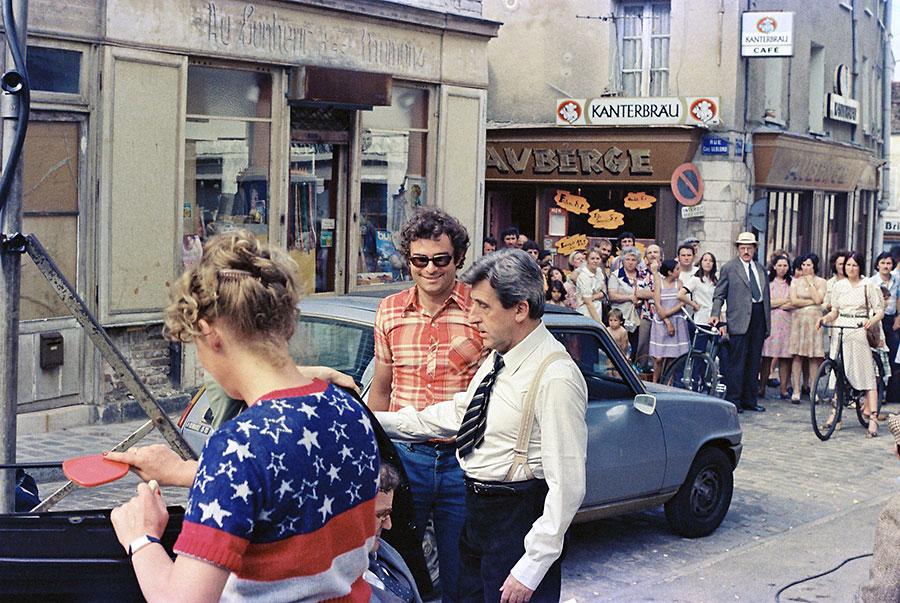 Jean Lefebvre sur le tournage de La 7ème Compagnie au clair de lune (1977) - © Mairie de Brie Comte Robert