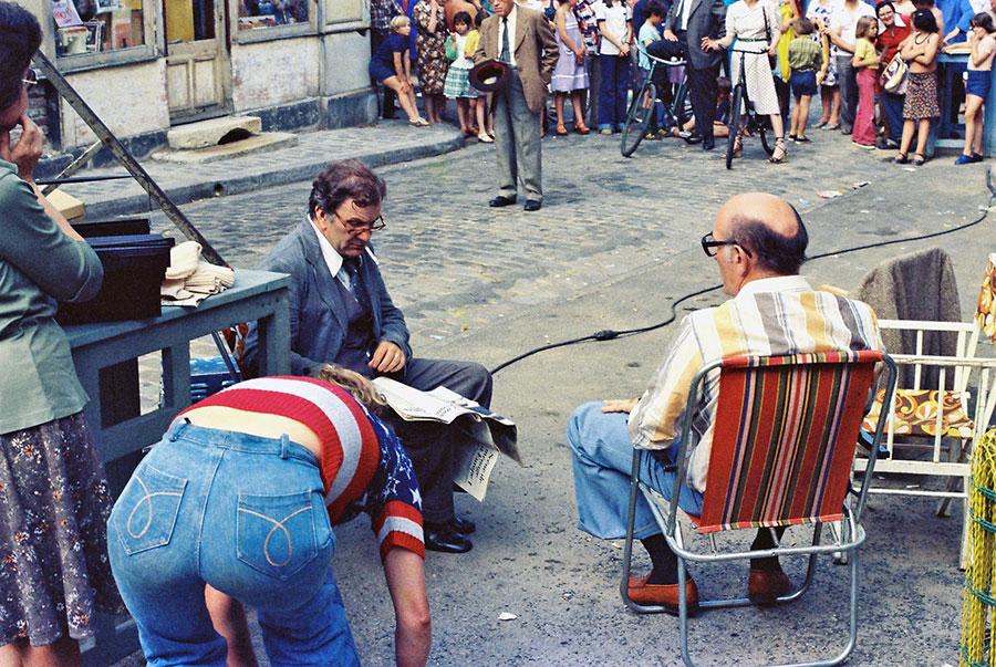 Pierre Mondy sur le tournage de La 7ème Compagnie au clair de lune (1977) - © Mairie de Brie Comte Robert