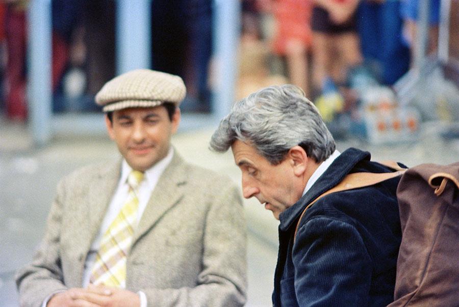 Henri Guybet et Jean Lefebvre sur le tournage de La 7ème Compagnie au clair de lune (1977) - © Mairie de Brie Comte Robert