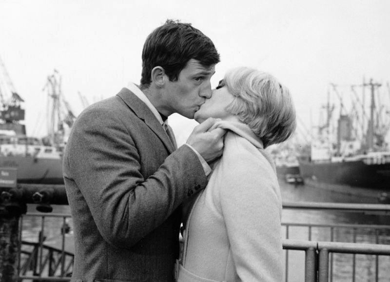 Jean-Paul Belmondo et Jean Seberg dans Échappement libre (Jean Becker, 1964)