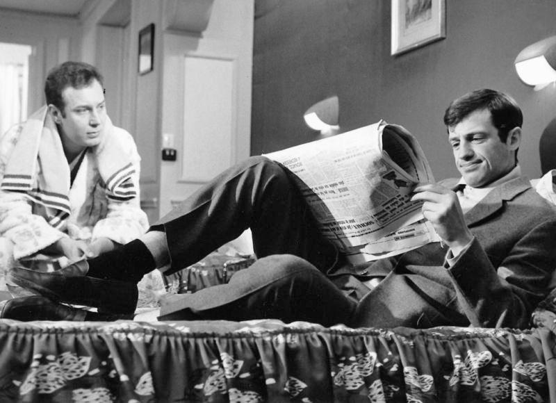 Michel Beaune et Jean-Paul Belmondo dans Échappement libre (Jean Becker, 1964)