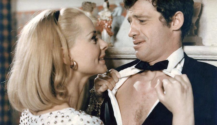 Jean-Paul Belmondo et Geneviève Page dans Tendre voyou (Jean Becker, 1966)