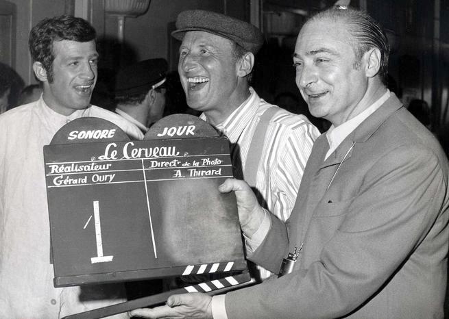 Jean-Paul Belmondo, Bourvil et Gérard Oury 1968 sur le tournage du Cerveau - © Lévy/Sipa
