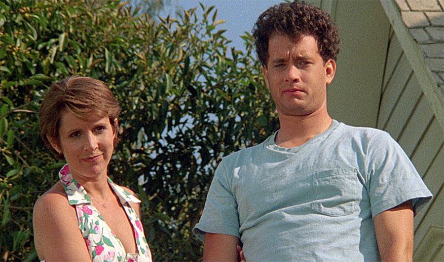 Carrie Fisher et Tom Hanks dans Les Banlieusards (Joe Dante, 1989)