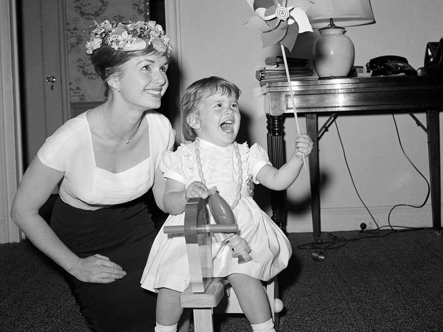 Debbie Reynolds et Carrie Fisher à l'âge de 2 ans et demi © Getty Images