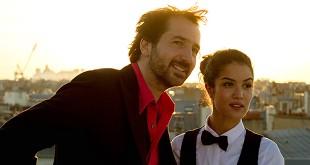 Édouard Baer et Sabrina Ouazani dans Ouvert la nuit (2017)