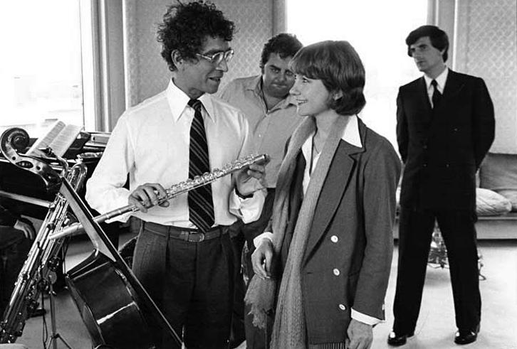Darry Cowl, Maurice Risch, Brigitte Gruel et Bernard Menez dans Un oursin dans la poche (Pascal Thomas, 1977)
