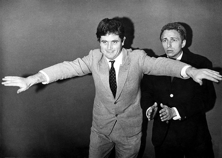 Victor Lanoux et Pierre Richard à leurs débuts au cabaret dans les années 1960 - © collection personnelle Pierre Richard