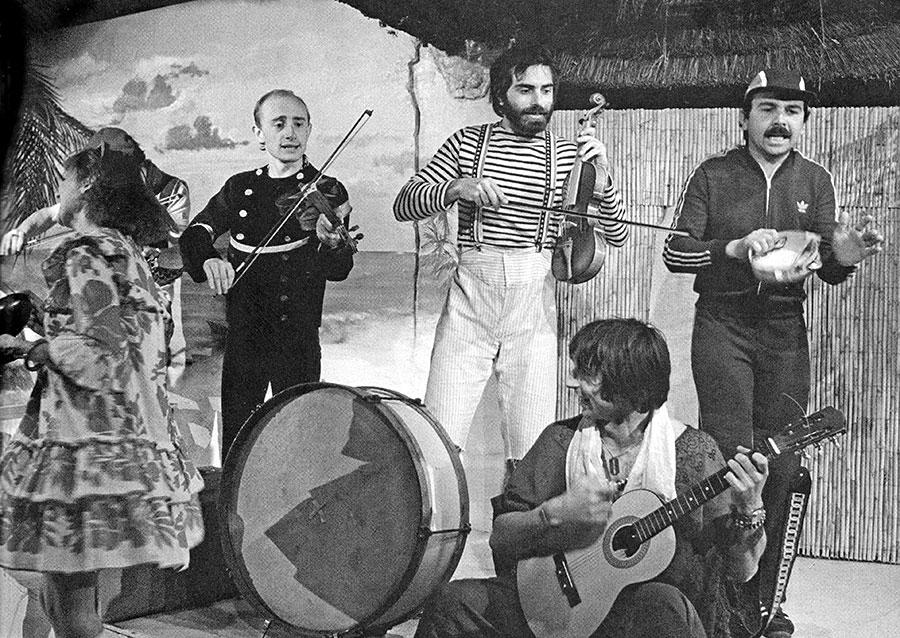 Michel Blanc, Jacques Delaporte, Gérard Jugnot et Thierry Lhermitte dans Amour, Coquillages et Crustacés (1977) - © Enguerand/Bernand