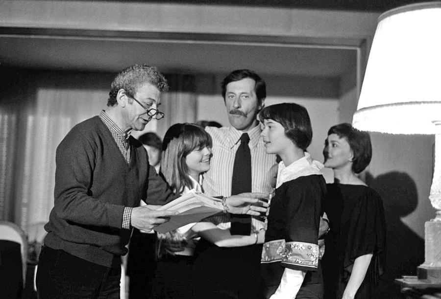 Yves Robert, Jean Rochefort et Danièle Delorme sur le tournage de Un éléphant ça trompe énormément (Yves Robert, 1976) - © MUUS/SIPA