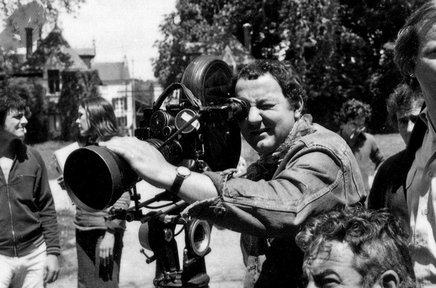 Coluche dans le documentaire Coluche fait son cinéma