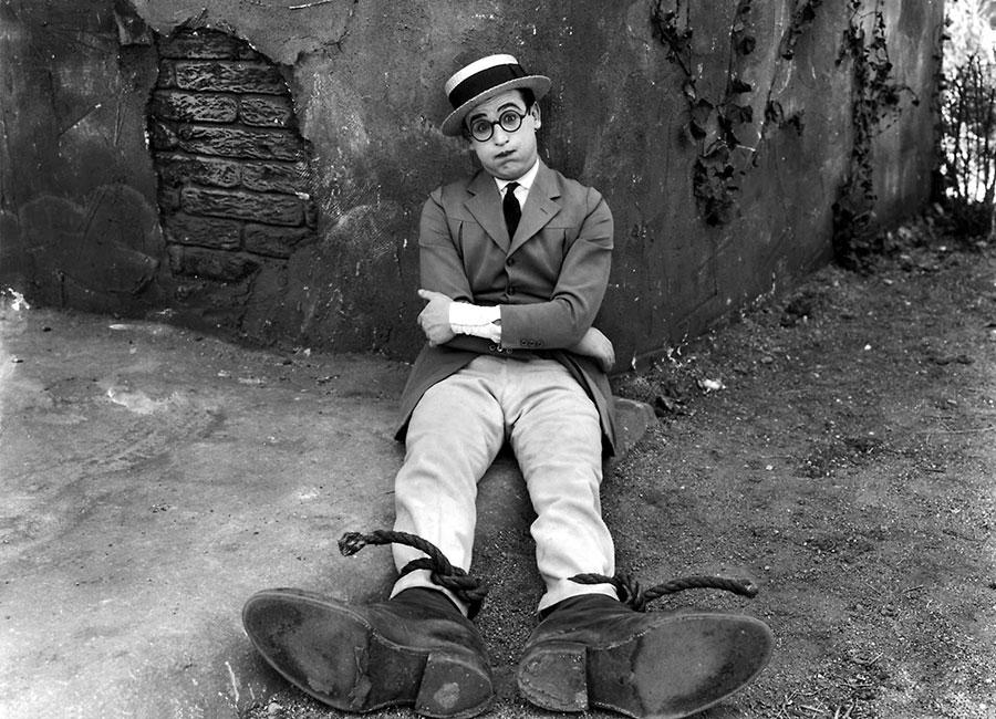 Harold Lloyd dans Faut pas s'en faire (Why Worry) de Fred C. Newmeyer et Sam Taylor (1923)