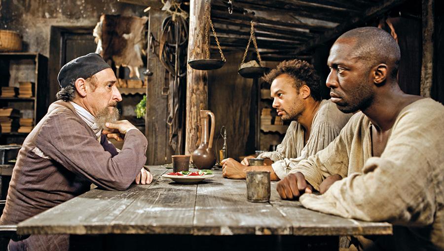 Michel Crémadès, Fabrice Eboué et Thomas Ngijol dans Case départ (Lionel Steketee, Fabrice Eboué & Thomas Ngijol, 2011)