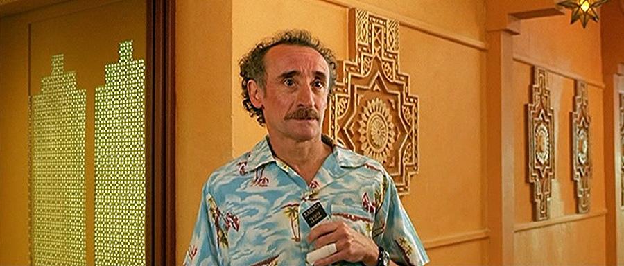 Michel Crémadès dans Le Boulet (Alain Berbérian, 2002)