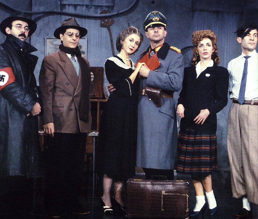 G. Jugnot, C. Clavier, M-A. Chazel, R. Giraud, C. Jacquinot, M. Lamotte dans la pièce Papy fait de la résistance