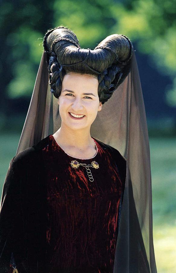 Valérie Lemercier dans Les Visiteurs (Jean-Marie Poiré, 1993) - © Gaumont