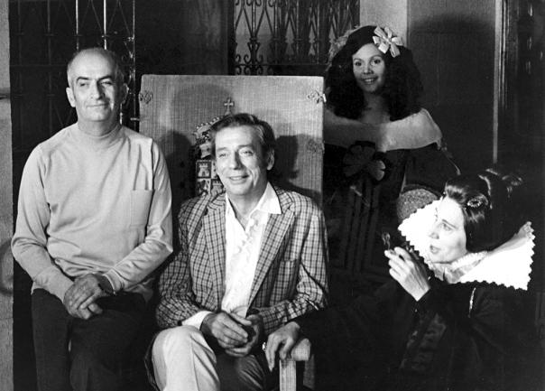 Louis de Funès, Yves Montand et Alice Sapritch sur le tournage de La Folie des grandeurs