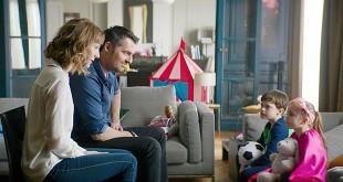 Louise Bourgoin et Arnaud Ducret dans Les Dents, pipi et au lit ! (Emmanuel Gillibert, 2018) - Box-office français du 28 mars au 3 avril 2018