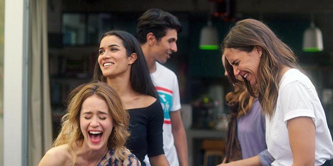 Box-office français du 30 mai au 5 juin 2018 - Alice David, Sabrina Ouazani et Charlotte Gabris dans Demi-sœurs