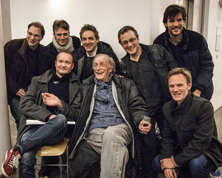 Venantino Venantini entouré de l'équipe de CineComedies le 25 janvier 2016