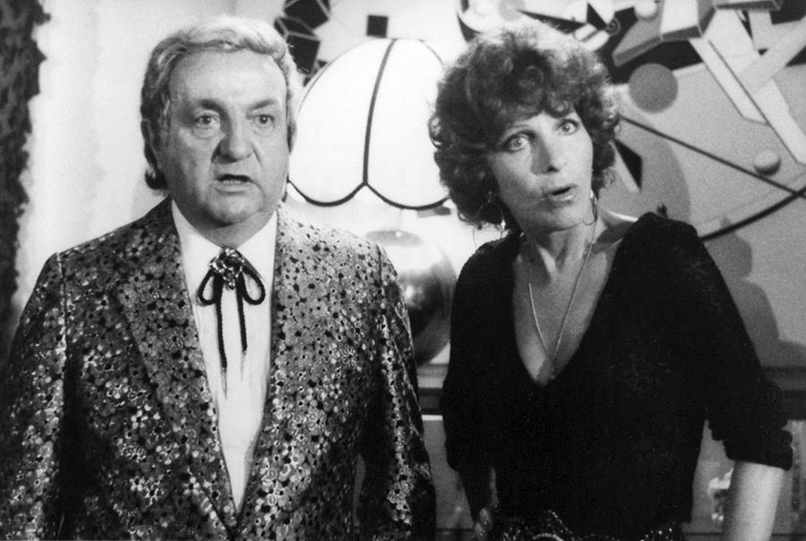 Bernard Blier et Maria Pacôme dans Bons baisers… à lundi (Michel Audiard, 1974)