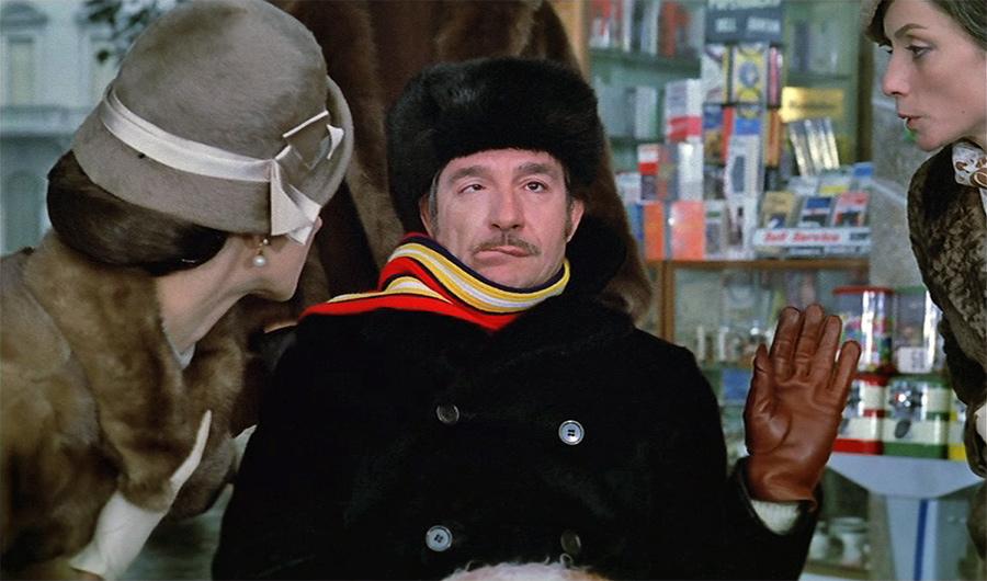 Ugo Tognazzi, Milena Vukotic, Francesca Romana Coluzzi et Angela Goodwin dans Venez donc prendre le café… chez nous ! (Alberto Lattuada, 1970)