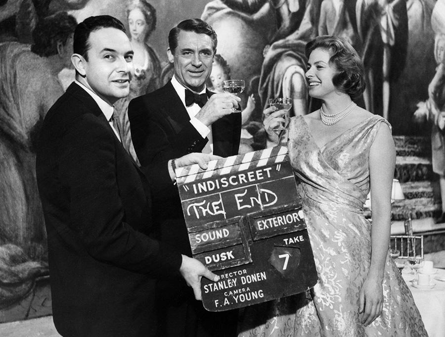 Stanley Donen, Cary Grant et Ingrid Bergman sur le tournage de Indiscret (1958) - DR