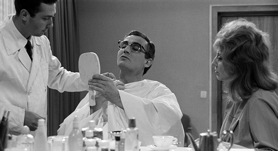 Vittorio Gassman dans La Journée d'un parlementaire (Les Monstres de Dino Risi) - © Splendor Films