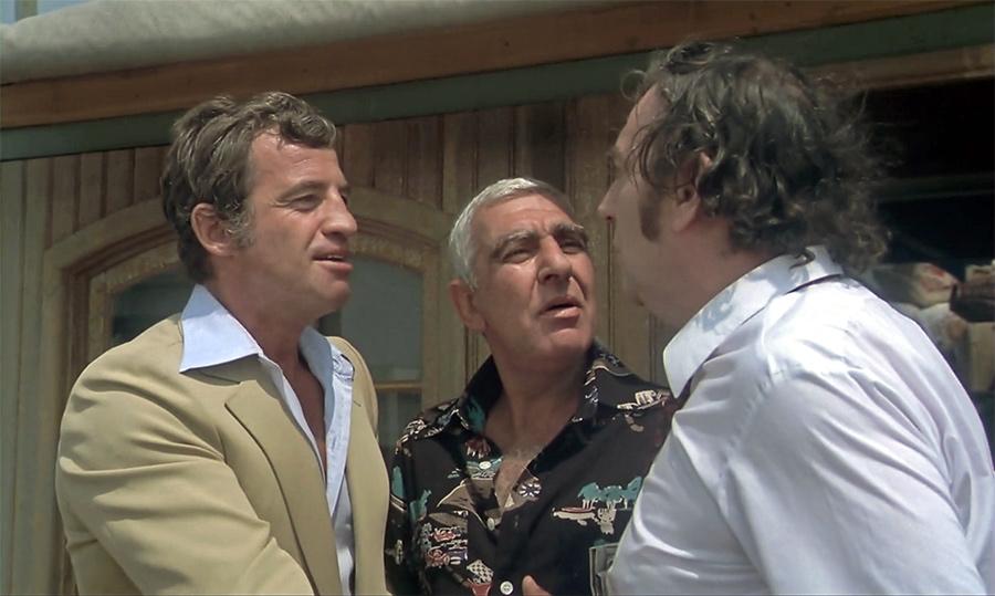Jean-Paul Belmondo, Charles Gérard et Julien Guiomar dans L'Incorrigible (Philippe de Broca, 1975) - © StudioCanal
