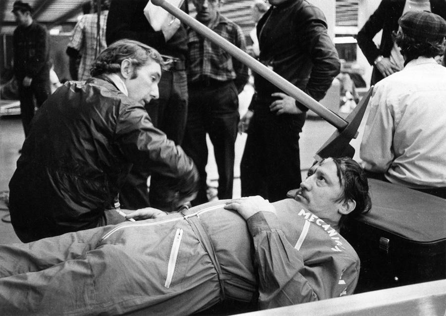 Philippe de Broca et Maurice Auzel sur le tournage du Magnifique (1973) - © Alex Productions