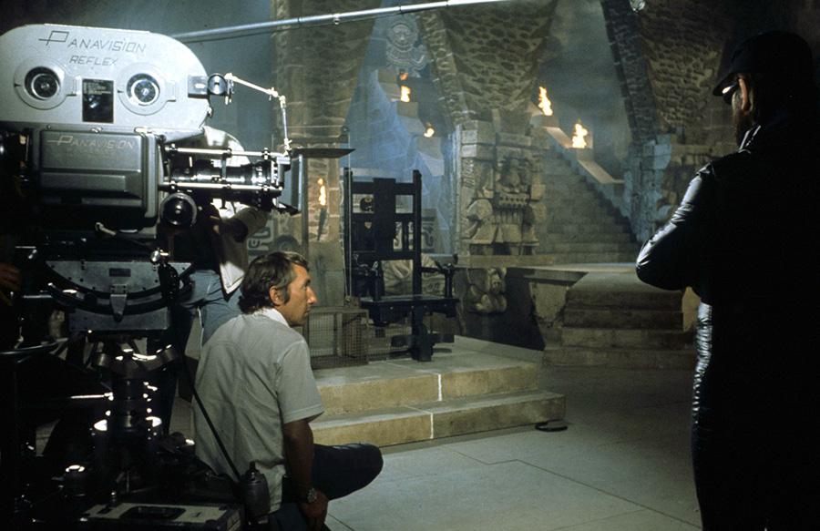 Philippe de Broca sur le tournage du Magnifique (1973) - © Alex Productions