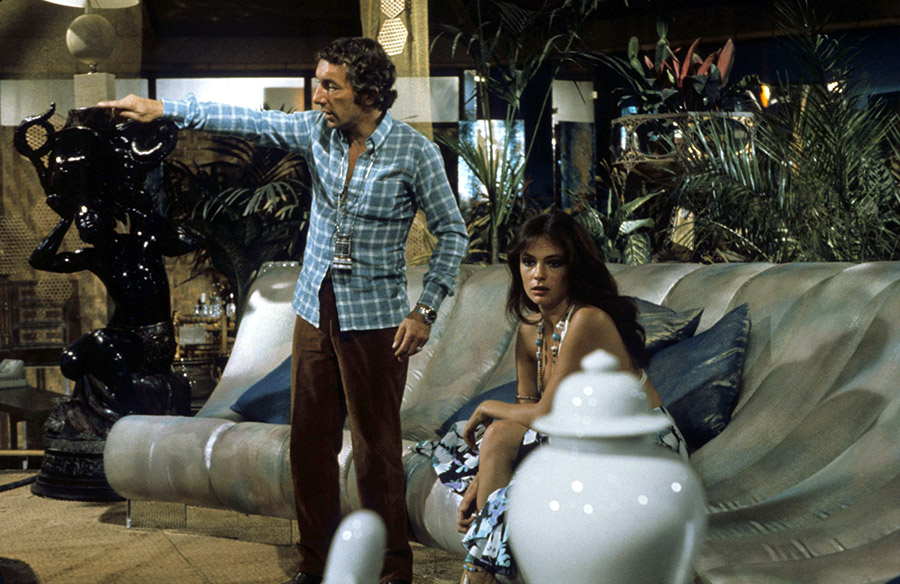 Philippe de Broca et Jacqueline Bisset sur le tournage du Magnifique (1973) - © Alex Productions