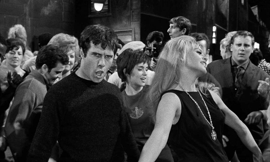 Guy Bedos dans Dragées au poivre (Jacques Baratier, 1963) - © Les Films du Paradoxe