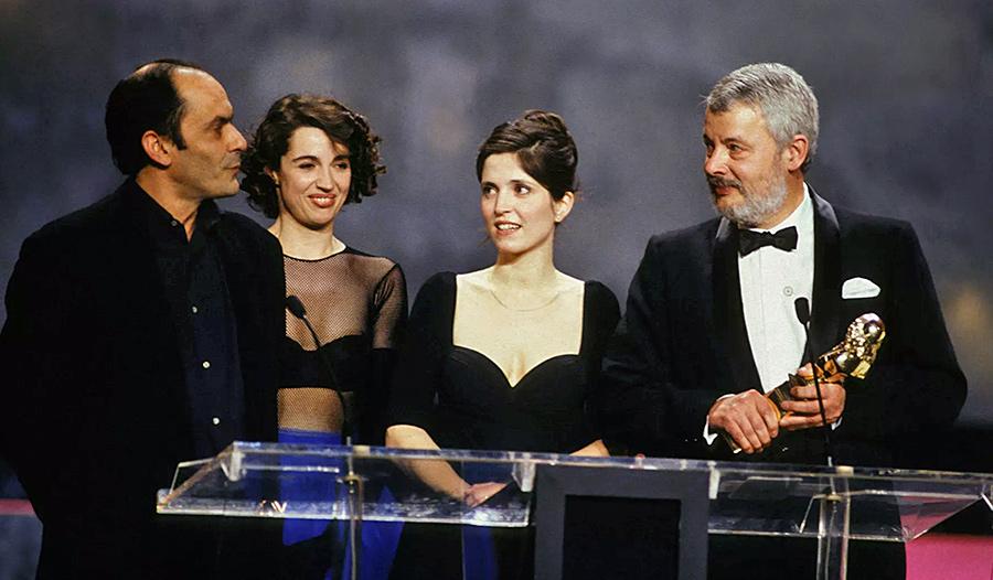 Jean-Pierre Bacri, Zabou, Agnès Jaoui et Stephan Meldegg lors de la remise des Molière le 6 avril 1992 - © Pool Benainous/Stevens/Gamma-Rapho