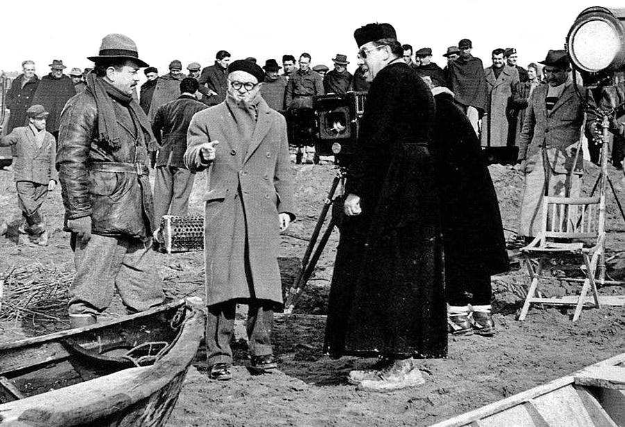 Gino Cervi, Julien Duvivier et Fernandel en 1953 sur le tournage du Retour de Don Camillo - DR
