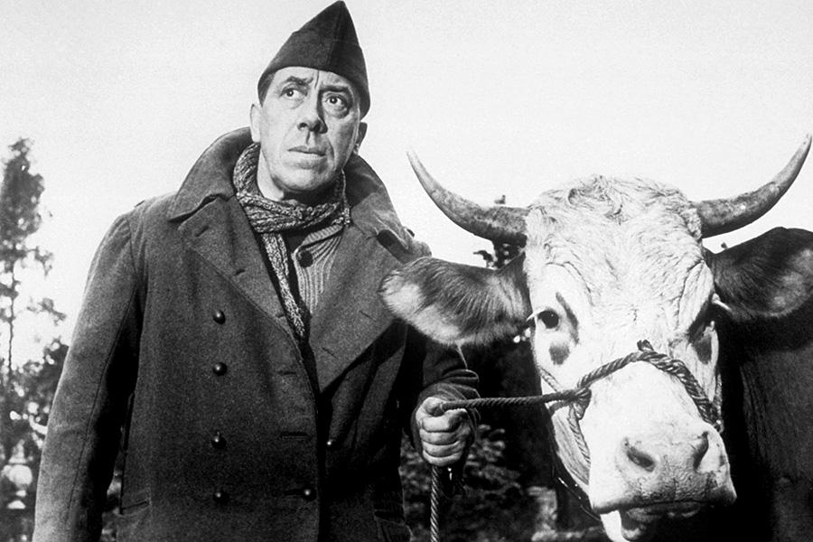 Fernandel dans La Vache et le prisonnier (Henri Verneuil, 1959) - DR